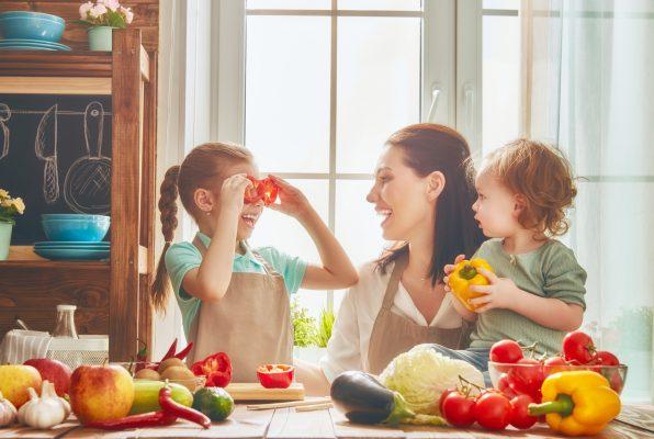 9 cách tăng sức đề kháng cho trẻ vào mùa hè
