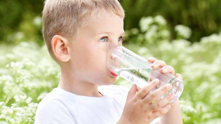 Cho trẻ uống nước Kangen thay vì nước lọc thông thường có thực sự tốt 2