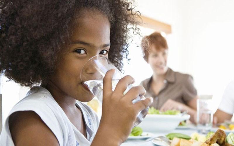 Bỏ túi 7 cách uống nước đúng cách để giúp bạn khoẻ khoắn tươi tắn hơn - 5